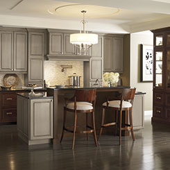 Traditional kitchen design with Cherry cabinets