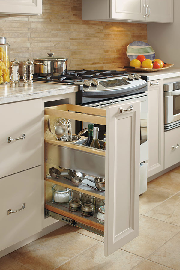 Utensil Pull Out Omega Cabinetry