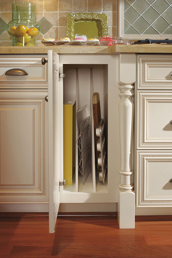 Tray Divider Omega Cabinetry