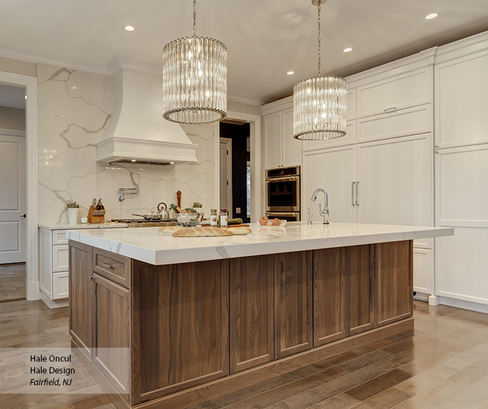 casual_white_maple_and_walnut_kitchen_cabinets_4