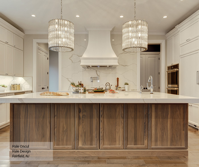 casual_white_maple_and_walnut_kitchen_cabinets_5