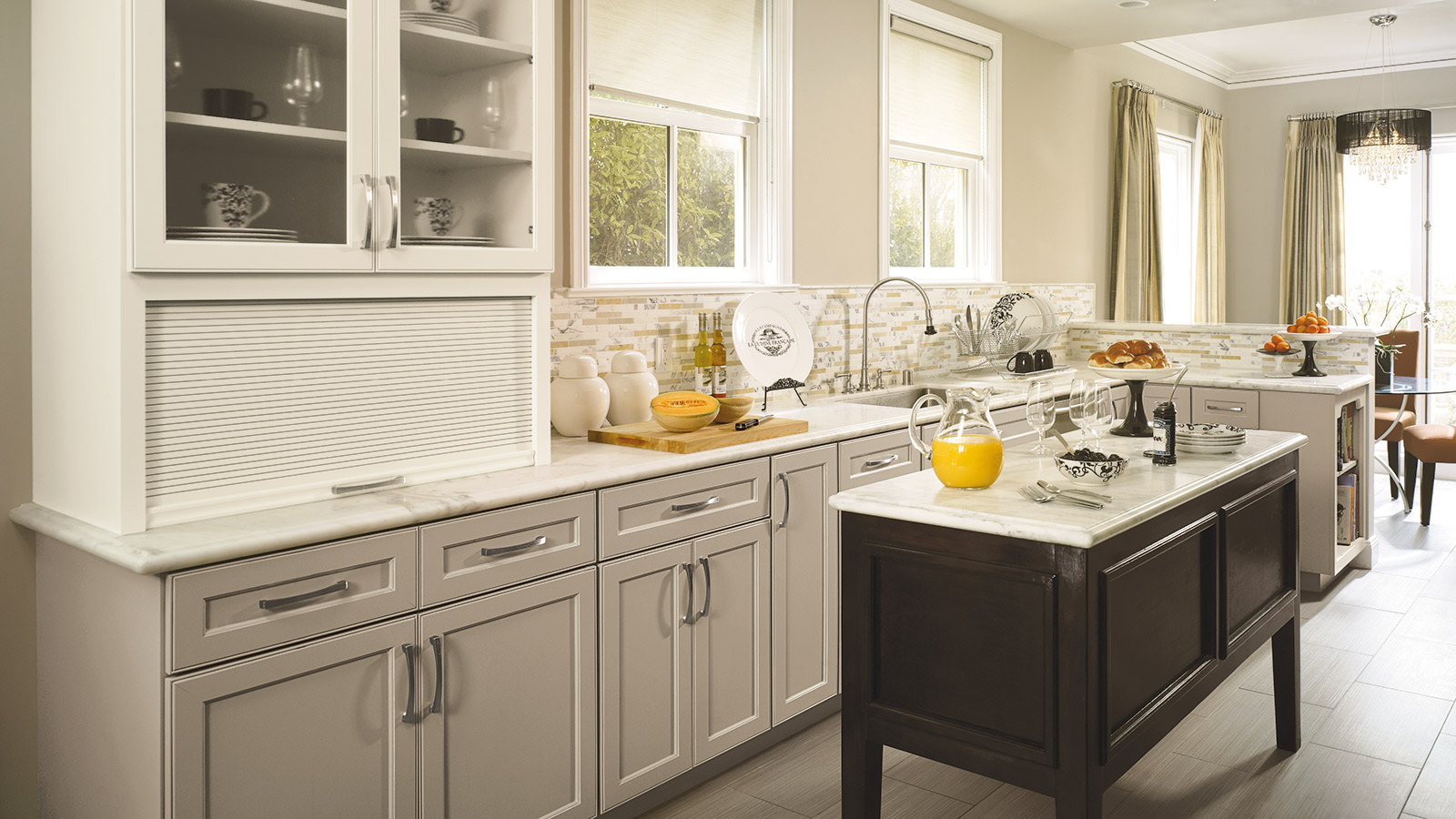 Shaker Kitchen Cabinets with a Neutral Palette - Omega