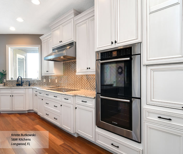 Anson white glazed kitchen cabinets in Pearl with Amaretto Glaze