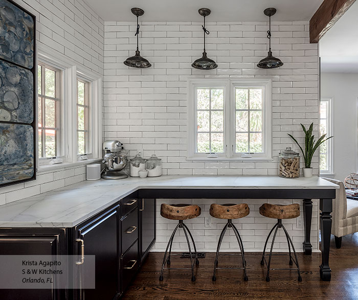 transitional_black_maple_kitchen_cabinets_in_custom_finish_3