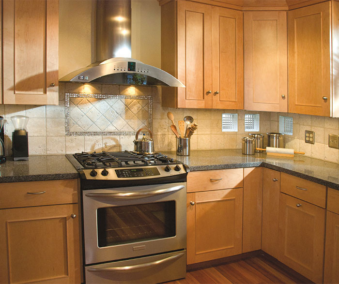 Light Maple Metro kitchen cabinets in Autumn finish