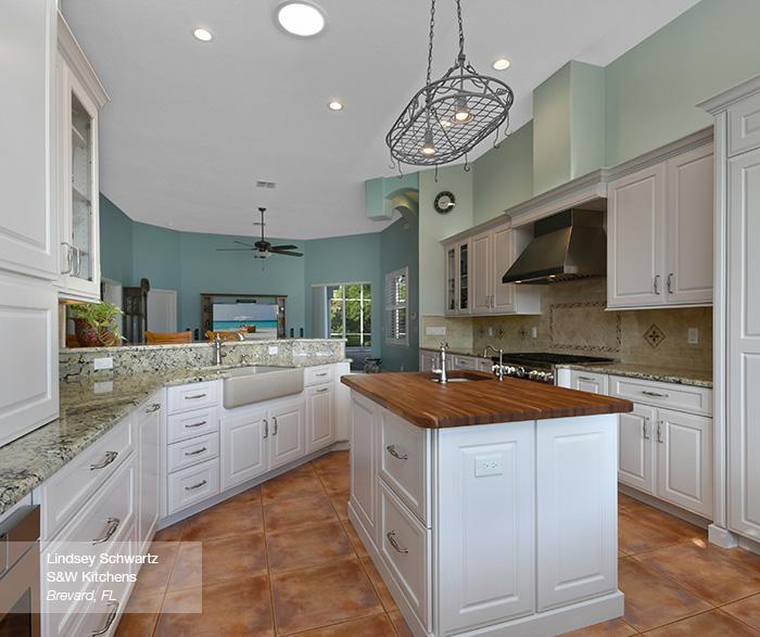 prescott kitchen cabinets in maple pearl