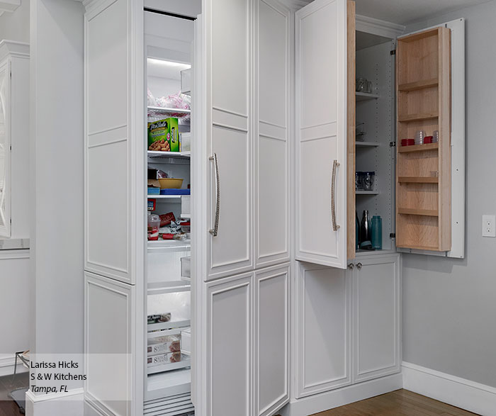 transitional_maple_kitchen_cabinets_in_pearl_7