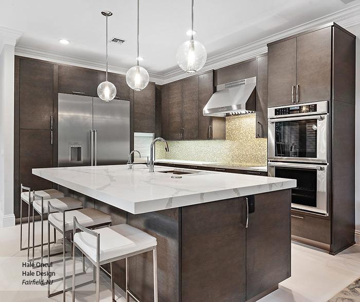 contemporary_quartersawn_oak_gray_kitchen_cabinets