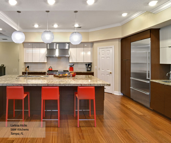 Ricci and Tarin Natural Wenge and High Gloss White kitchen cabinets